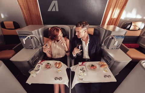 Business_Class_Couple_Food-1