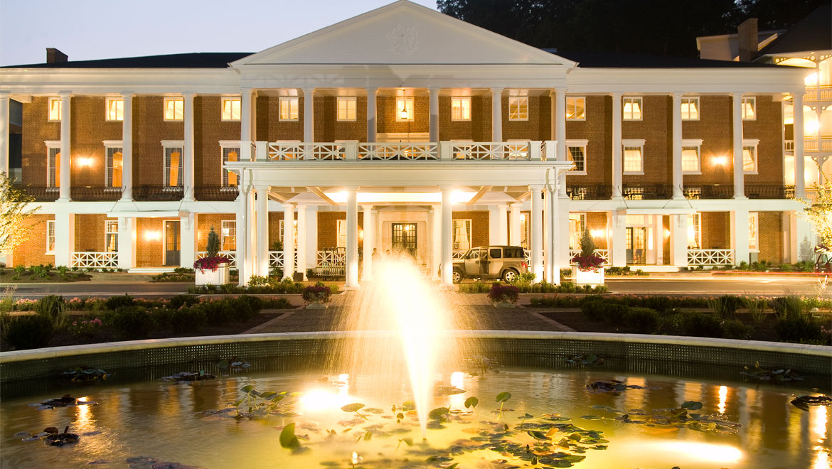 pitbsr-omni-bedford-springs-resort-night-front-fountain-exterior